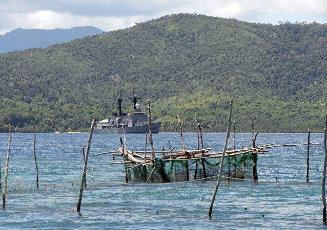 中国建议菲律宾通过对话解决领土争端