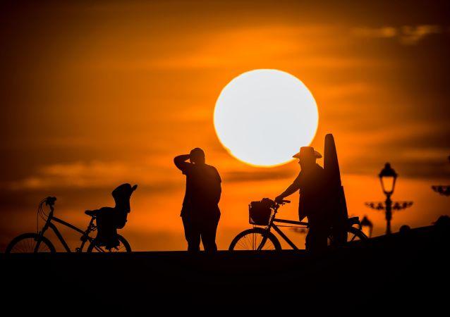 骑车者在索契