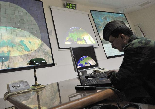 莫斯科反导系统雷达站中的军人