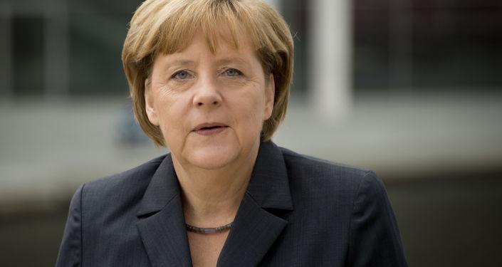 默克尔:德国欢迎中国企业对德投资