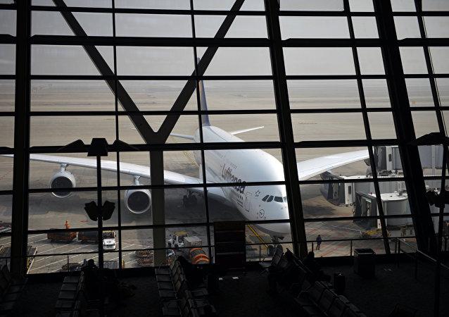 中国经叶卡捷琳堡前往欧洲的换乘客流2月内增长了2倍