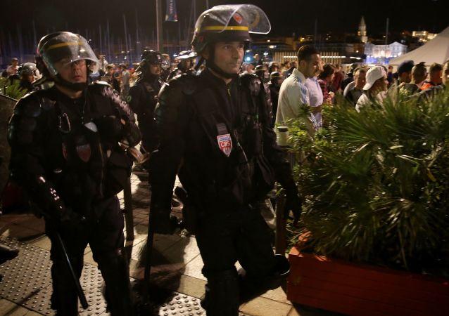 四十三名俄國球迷在法國南部被拘留
