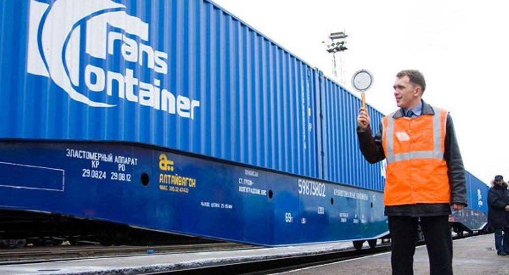 俄首列快速集装箱列车已从乌法出发前往中国