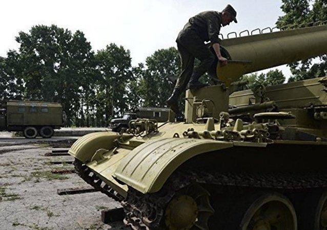 根据普京决定俄罗斯开始突击检查军队