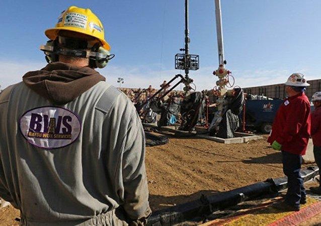 美国拟在七月将页岩油日产量降低11.8万桶