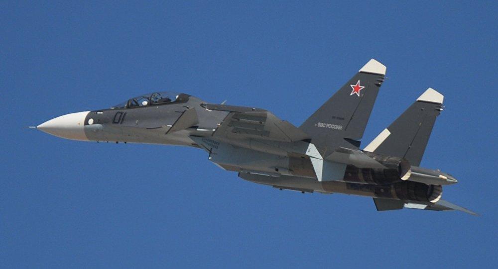"""媒体:美国空军飞行员称与俄空天军飞机""""危险靠近"""""""