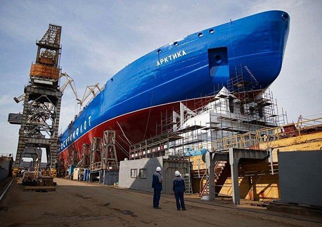 """""""乌拉尔""""号核动力破冰船将于7月25日在圣彼得堡举行铺设龙骨仪式"""