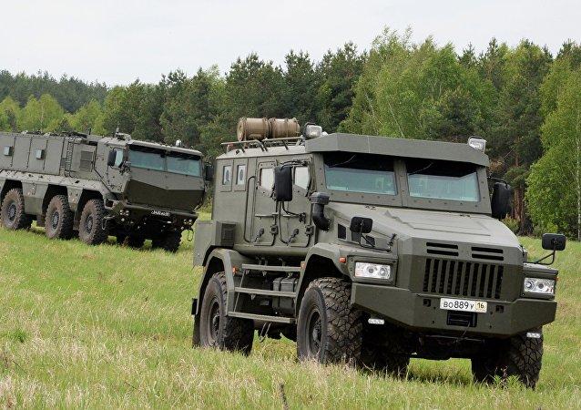 俄特种部队将采购最新装甲车防止2018足球世界杯出现混乱