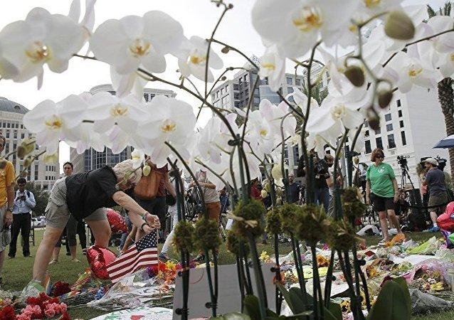 联邦调查局公布奥兰多枪击犯的谈判对话