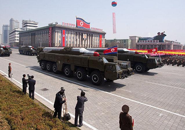 """朝鲜称将""""物理性""""回应在韩部署""""萨德""""反导系统举动"""