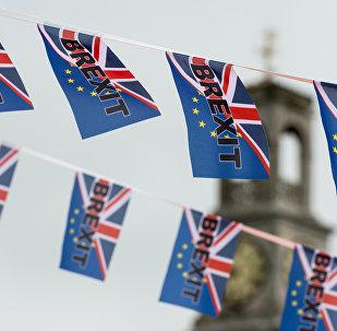 英国首相将于3月29日启动脱欧程序