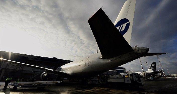 随后从中国民用航空局获得了今年7月的莫斯科-海口航线航班飞行许可.