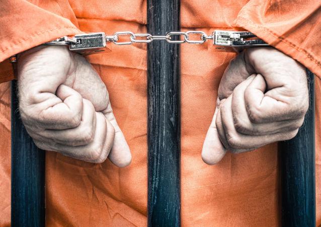 美国政府因新冠病毒疫情从监狱释放大约2000名囚犯
