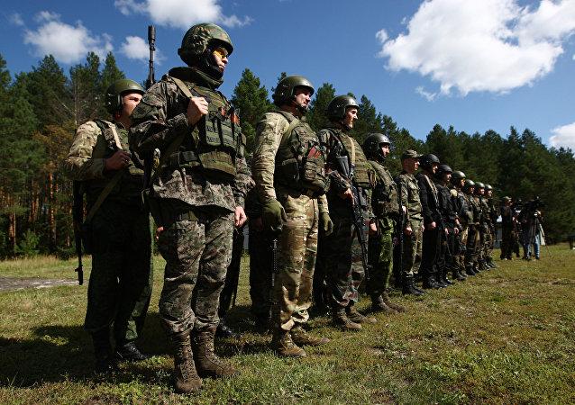 俄近卫军与中国武警特种部队在莫斯科郊区开始举行联合演习
