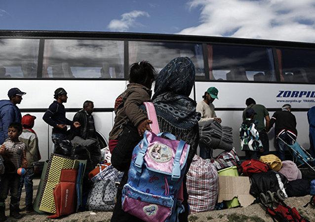 媒体:德国或接收数百名法国加莱难民营难民