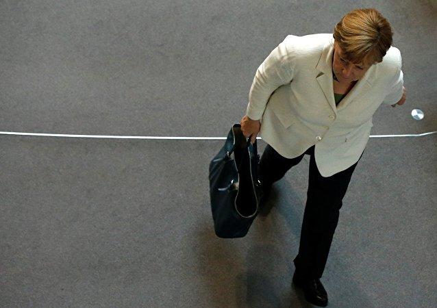 民调:半数德国人不支持默克尔连任