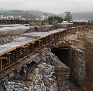 俄财政部呼吁国际开发机构投资俄基础设施