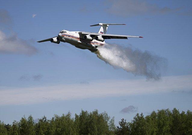 """俄紧急情况部:伊尔-76飞机""""黑匣子""""解码信息显示所有机械系统运转良好"""