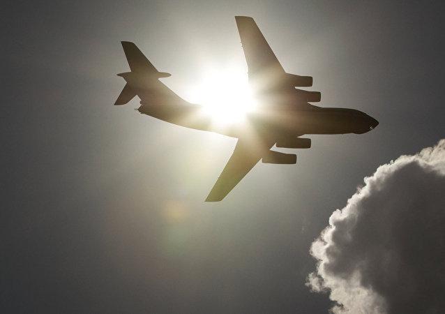 IAC代表、调查人员及侦查学家已飞赴伊尔-76飞机失事地点