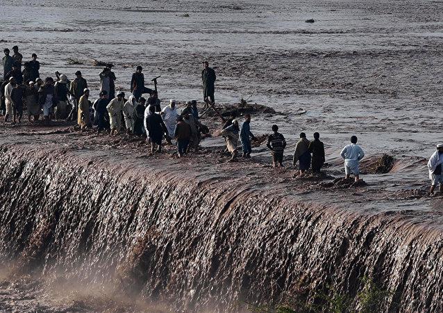 法新社:巴基斯坦水灾遇难人数升至43人