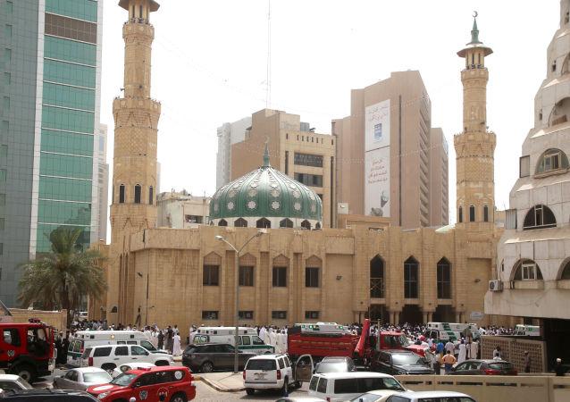 媒体:科威特警方警察抓捕一名获刑117.5 年的通缉犯