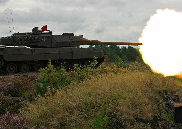 豹2型坦克
