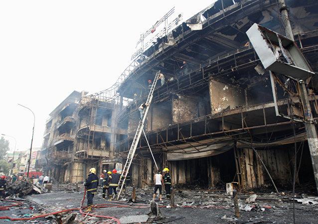 媒体:巴格达市中心的爆炸造成10死21伤