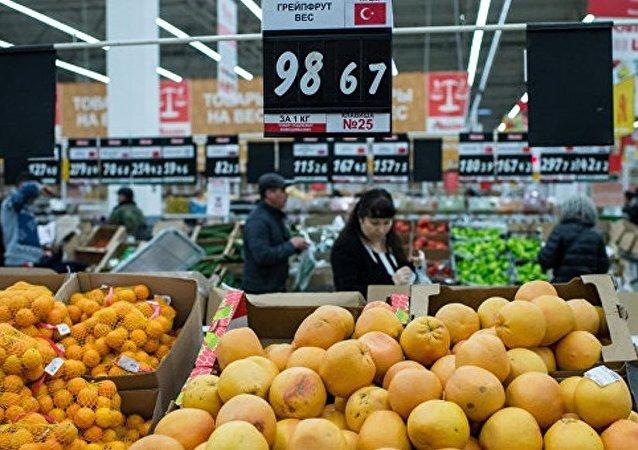 俄消费者权益保护局:近期内不能期待俄商店出现土耳其商品