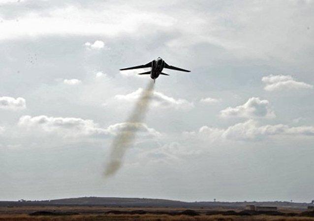 消息人士:由于技术故障利比亚空军一架米格战机坠毁