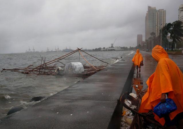 中国商务部:中国将向菲律宾提供人道主义紧急援助
