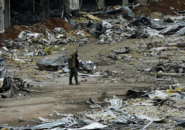 俄总统新闻秘书:俄总统普京对顿巴斯12月24日起达成停火共识表示欢迎