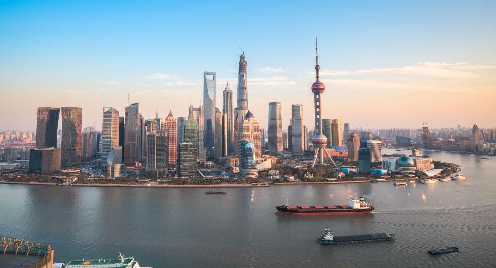 上海一商贸中心设置购物休息专用亭