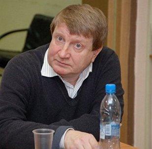 俄罗斯丛书在中国: 的现代作家译作广播  安德烈·沃洛 《回到潘日鲁德》