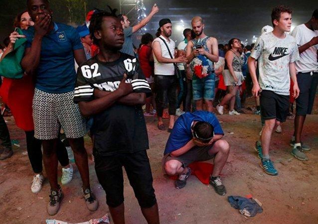 近40人在巴黎欧洲杯决赛期间和赛后骚乱中被拘