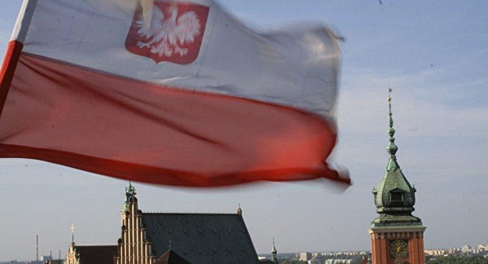 波兰议会投票支持对新政府的信任投票