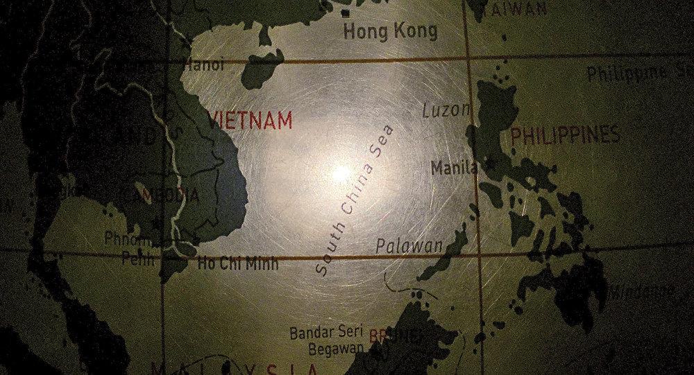 中国外交部:炒作中国在黄岩岛海域活动的意图值得警惕