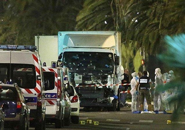 尼斯恐袭:80人死亡 袭击者为当地突尼斯裔居民