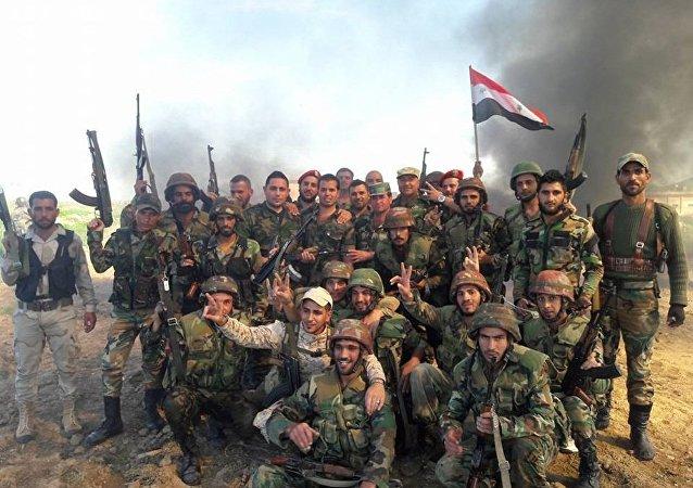 媒体:叙利亚军人夺取此前被伊斯兰国控制的德拉雅