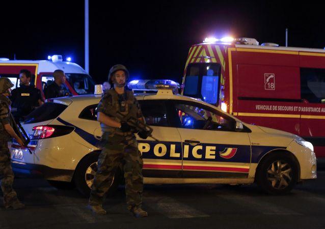 巴黎检察长:尼斯恐怖袭击符合伊斯兰恐怖组织的指示