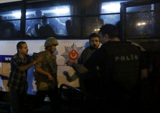 媒体:涉嫌领导土耳其叛乱者被捕