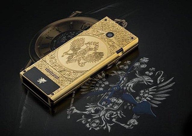 加拿大公司推出俄罗斯主题手机,价值30万卢布