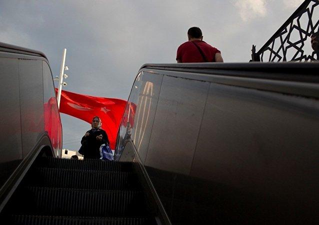 消息人士:土耳其政变企图后约4500名俄公民已乘机回国