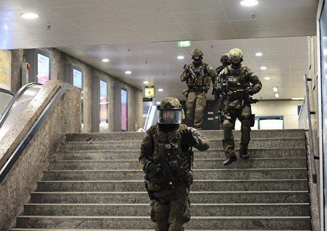 2300多警方人员参与慕尼黑袭击案枪手搜捕行动