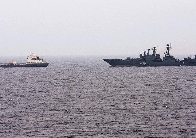 北方舰队100多艘军舰在演练期间驶入巴伦支海和白海