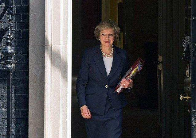 英国首相与马克龙简要讨论英国脱欧问题