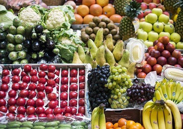 中国东南省份开始通过铁路向俄罗斯供应水果蔬菜