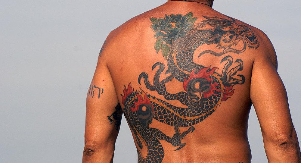 专家:中国红色纹身色料有害健康
