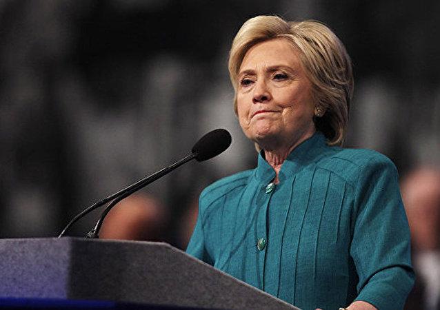 """克林顿不考虑派遣美军打击""""伊斯兰国"""""""