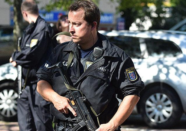 德国警方已抓捕导致不来梅购物中心人员疏散的阿尔及利亚难民