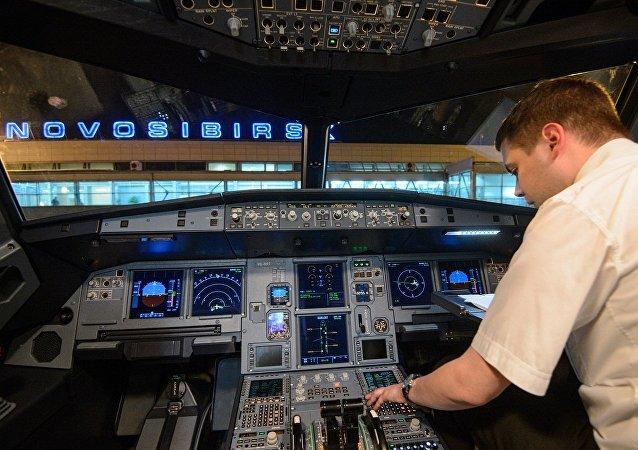 媒体:大量俄罗斯飞行员选择赴华就业